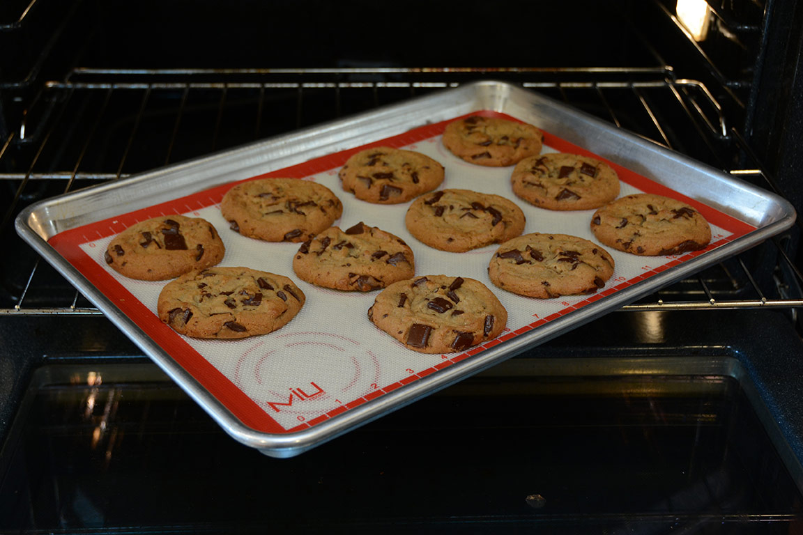 culinary gift guide holiday cooking baking chef kitchen cookies miu france silicone baking mats