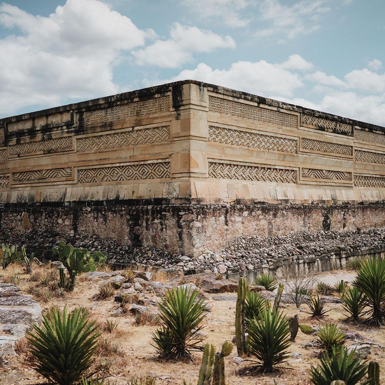 oaxaca travel mitla mexico