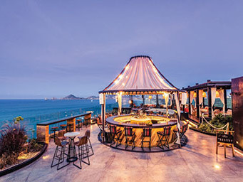 the cape cabo rooftop bar mexico