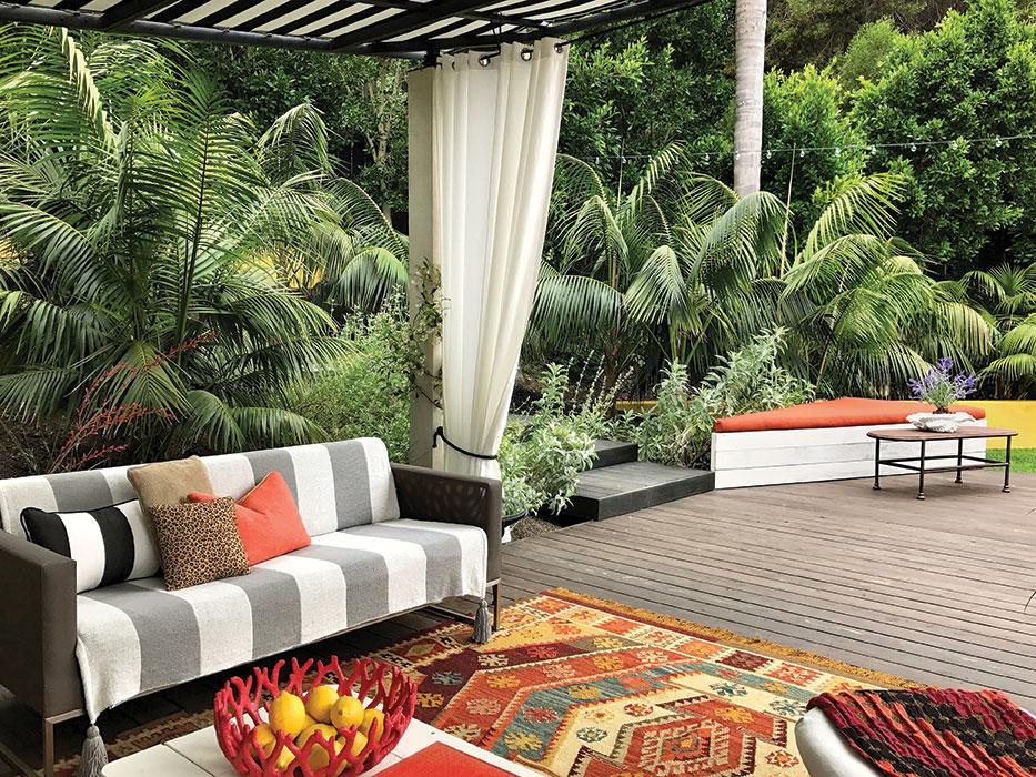 Burle Yates Designs garden room